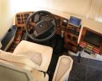 04Vantare_cockpit
